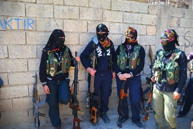 Nisêbîn - Hier leistete die kurdische Bevölkerung Ende 2015 über 3 Monate hinweg Widerstand gegen die türkische Armee.  Der erneute Angriff der Armee soll zukünftigem Widerstand vorbeugen.